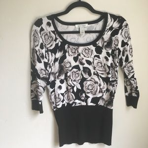 Black & White 3/4 Sleeve Floral Sweater